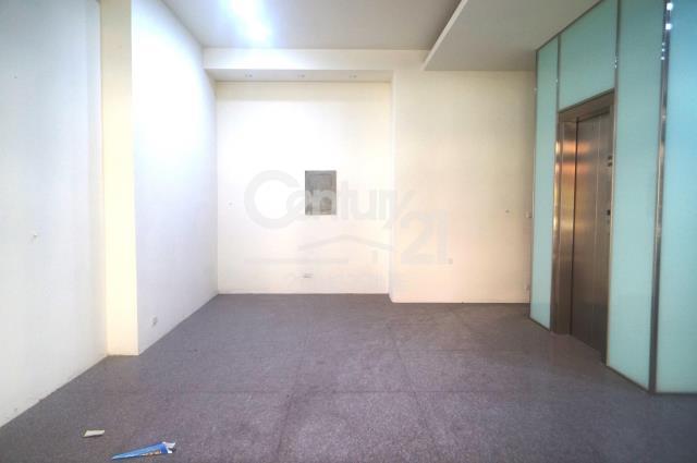 房屋買賣-台中市北區買屋、賣屋專家-專售德化街電梯店面+地下室,來電洽詢:(04)3506-7778