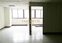 買屋、賣屋、房屋買賣都找21世紀不動產– 西屯路二段黃金樓店–台中市西屯區西屯路二段