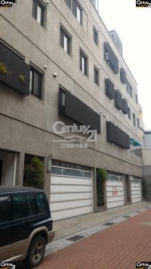 買屋、賣屋、房屋買賣都找21世紀不動產– 面寬電梯雙車墅–台南市東區富農街一段