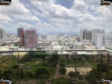 買屋、賣屋、房屋買賣都找21世紀不動產– 峰雲會山景海觀車邸–台南市東區仁和路