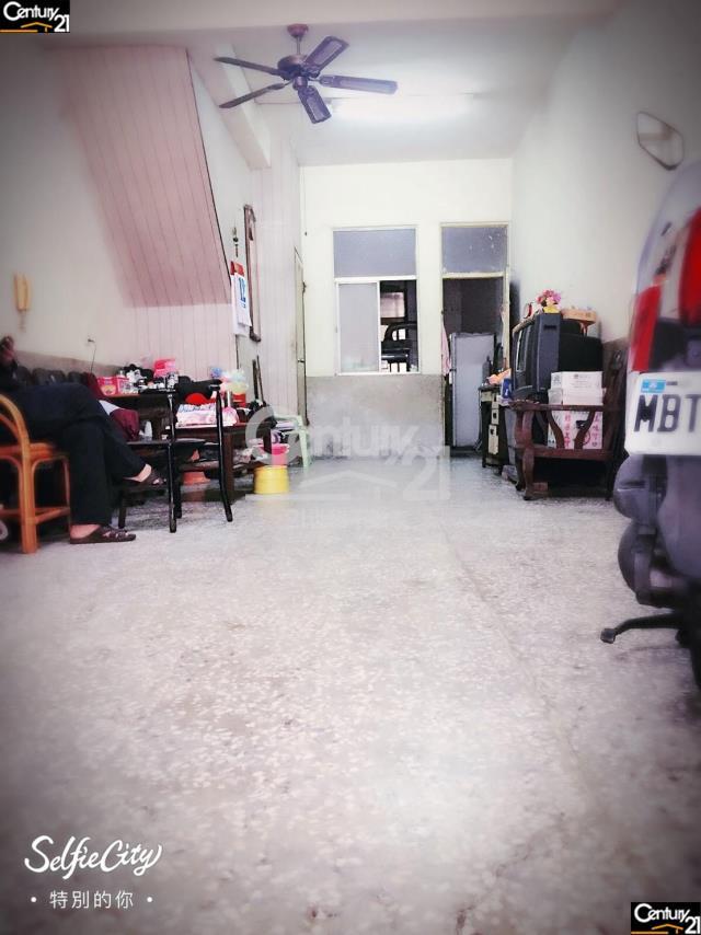 房屋買賣-台南市新市區買屋、賣屋專家-專售新市市場旁店面透天,來電洽詢:(06)583-3311