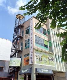 買屋、賣屋、房屋買賣都找21世紀不動產– 勝利國小△窗電梯店面–台南市東區懷恩街