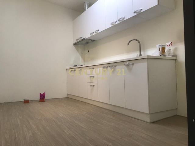 房屋買賣-台南市南區買屋、賣屋專家-專售金華路全新整理車墅,來電洽詢:(06)335-7799