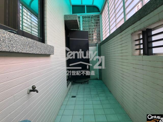 房屋買賣-台南市永康區買屋、賣屋專家-專售桂田酒店雙車墅,來電洽詢:(06)302-9288