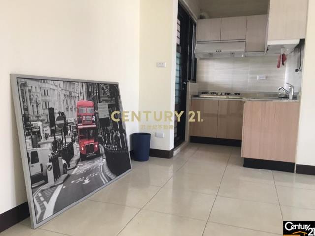 買屋、賣屋、房屋買賣都找21世紀不動產–崇德黃昏市場三房電寓-台南市東區崇道路