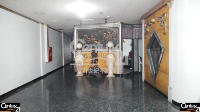 房屋買賣-高雄市岡山區買屋、賣屋專家-專售岡山高級大豪宅,來電洽詢:07-6221999